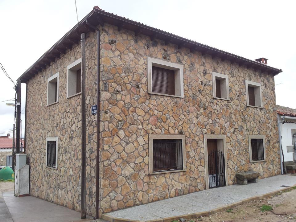 fachadas rusticas de piedra