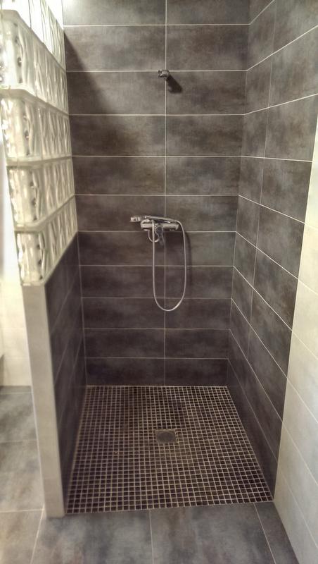 Reforma ba o moderno con plato de ducha de obra plabex - Como hacer un plato de ducha de obra ...